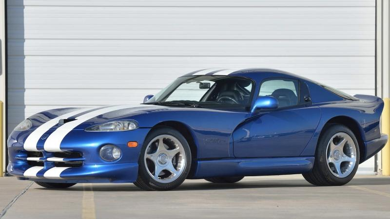 9 Vipers up for grabs at Mecum's Houston auction