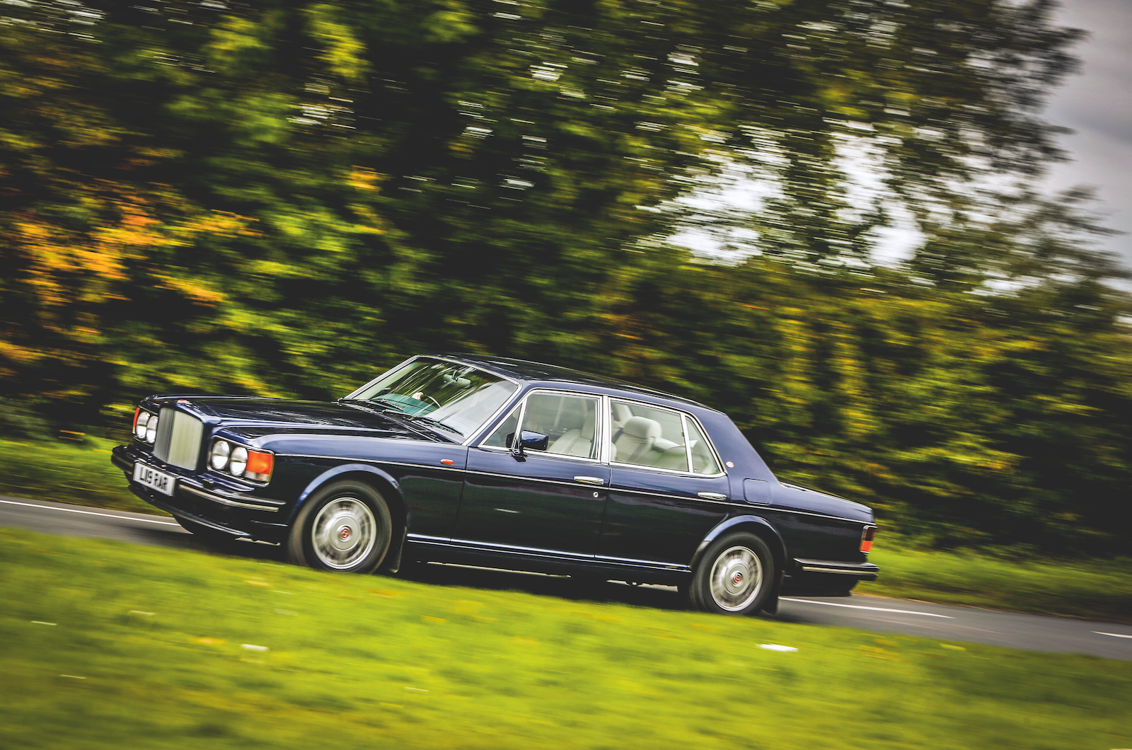 20 classic cars that make a good investment in 2019