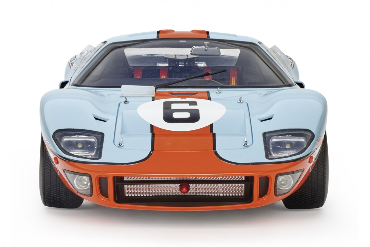 Build your own 1:8-scale Le Mans-winning Ford GT40