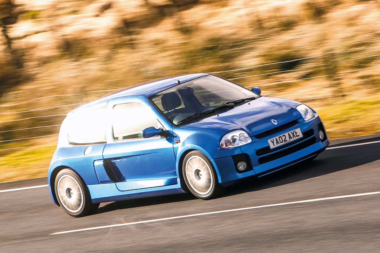 63k World Record For Renault Clio V6 Classic Sports Car