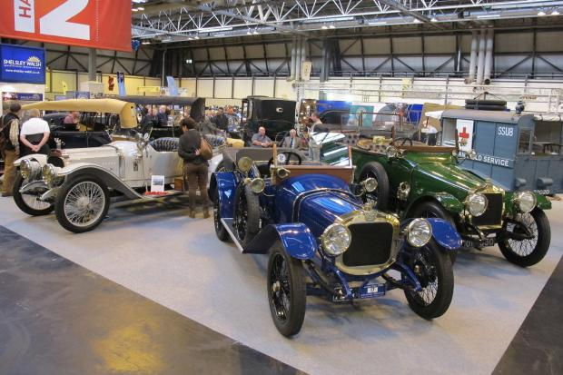 Britains Greatest Indoor Classic Car Show - Indoor car show