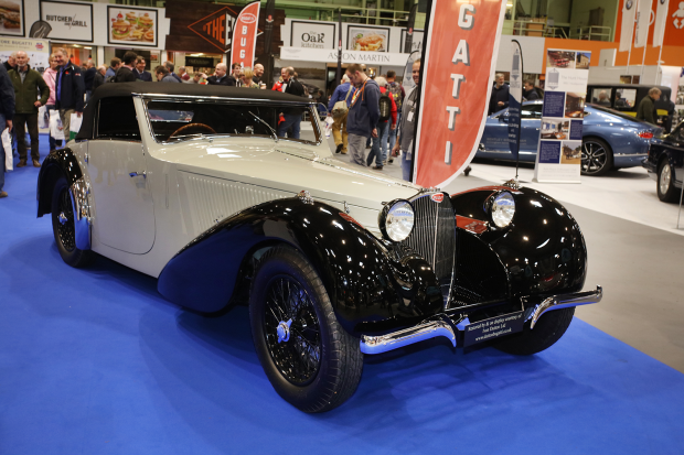 Poignant WW1 tributes lift Classic Motor Show to new heights