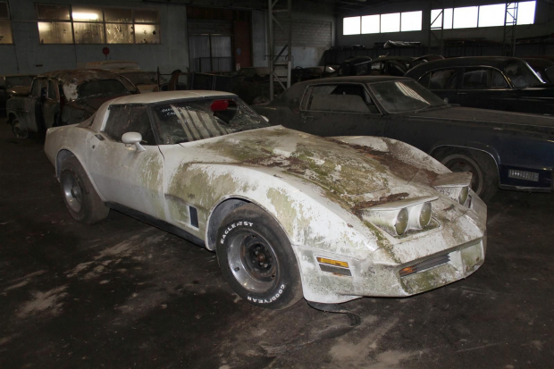 Incredible 81-car French barn-find includes a Miura