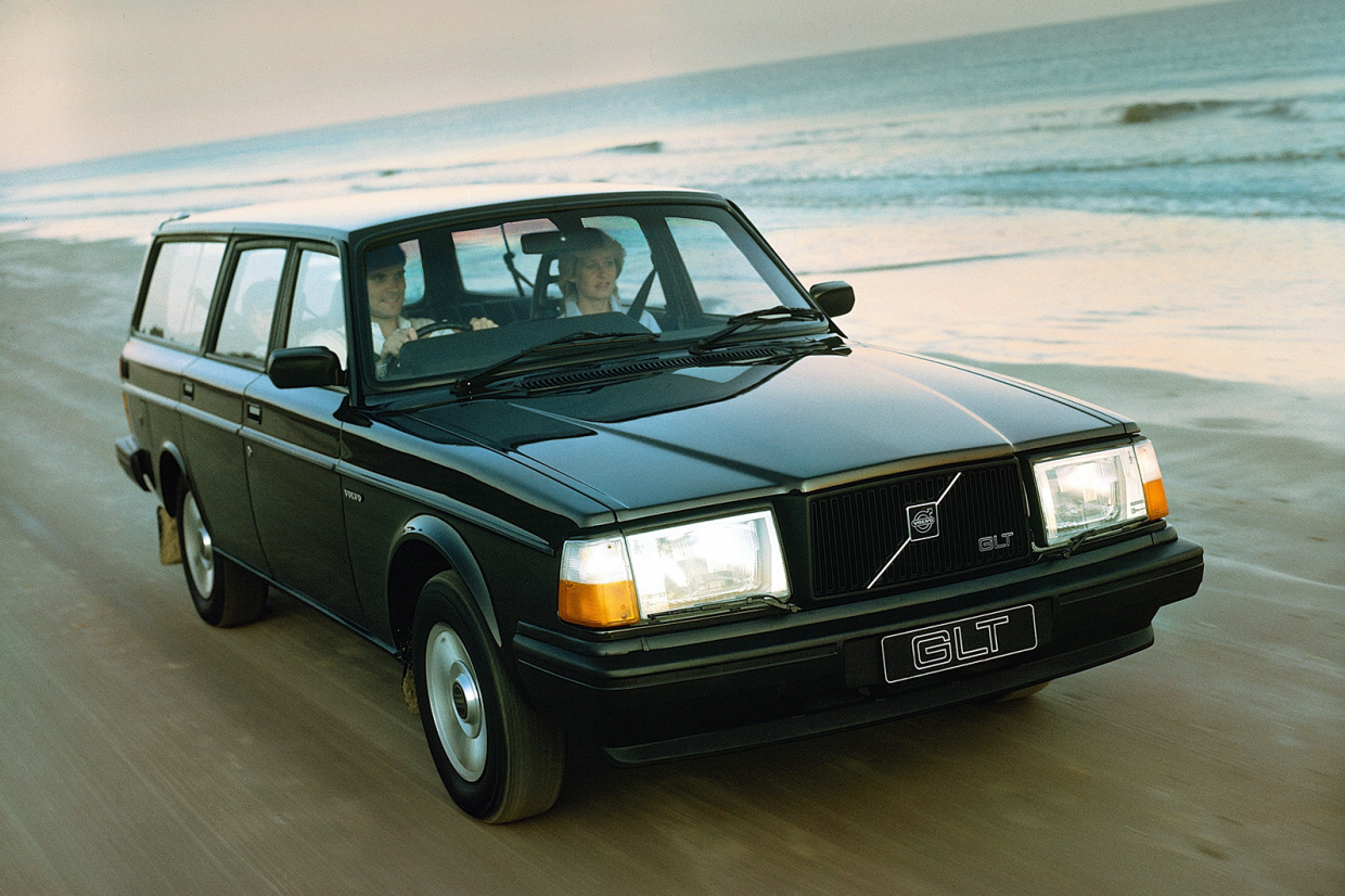 Classic & Sports Car – Guilty pleasures: Volvo 145 and 245