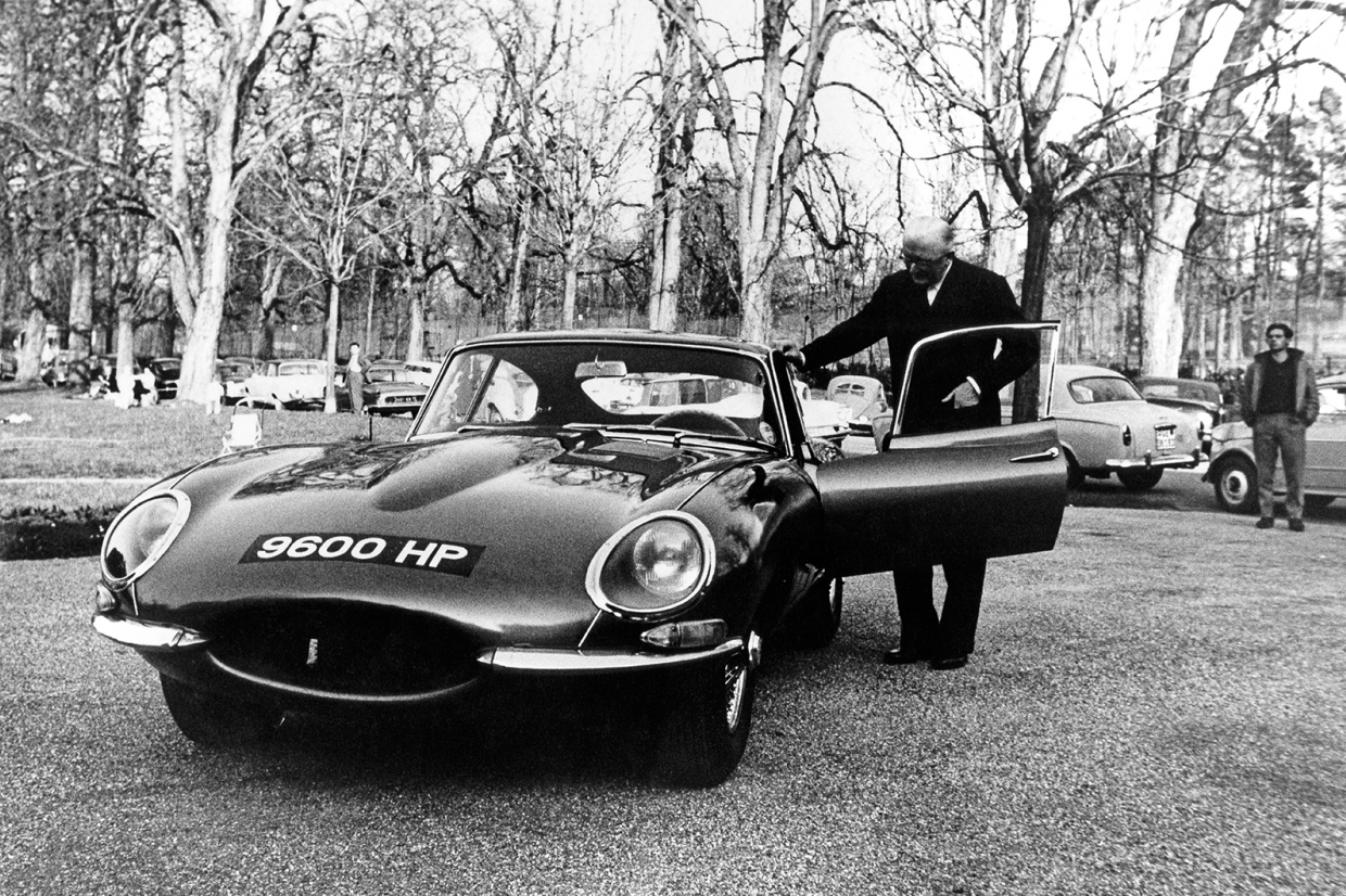 Classic & Sports Car – Famous Jaguar E-type duo reborn for 60th birthday