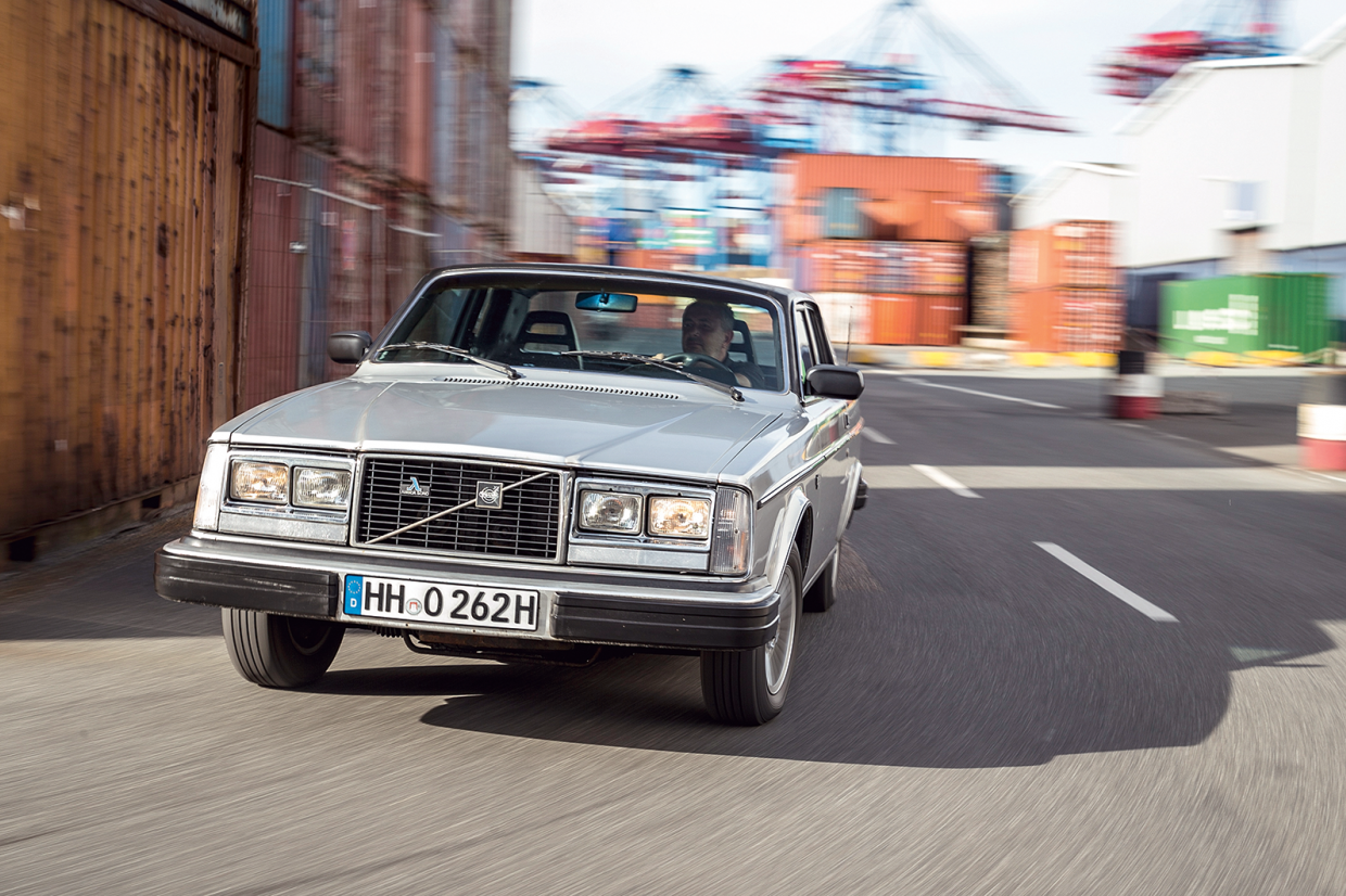 Classic & Sports Car – Cut-price cruise liners: Volvo 262 C and 780 Bertone
