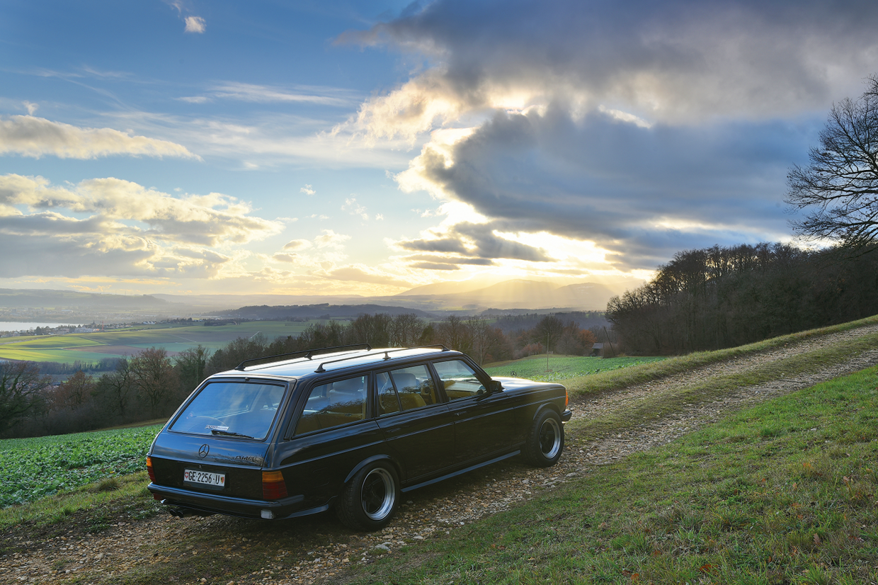 Classic & Sports Car – Is this the ultimate Mercedes-Benz 123-series estate?