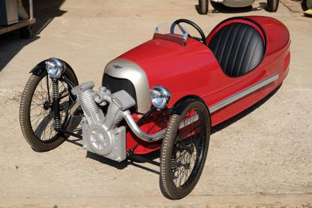 Classic & Sports Car – Pedal-powered trio in Members' Meeting sale