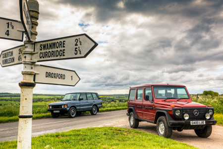 Classic & Sports Car – Luxury on the farm: Range Rover vs Mercedes G-Wagen