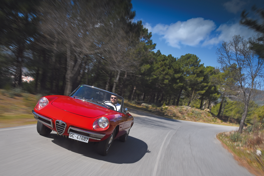 Classic & Sports Car – Dream drive: Alfa Romeo Duetto 1600