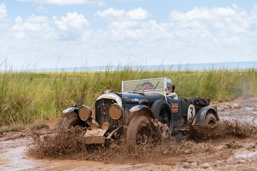 Bentley duo claims epic Southern Cross Safari win