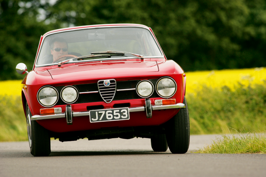 Classic & Sports Car – Making memories in an Alfa Romeo GTV