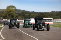 Classic & Sports Car – Goodwood Revival day three: Cobras star in TT thriller