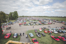 Classic & Sports Car – Classic Car Drive In Weekend heads to Bicester Heritage
