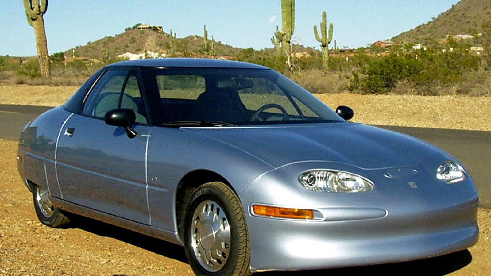 10 classic electric cars you never knew existed - General Motors EV1 2