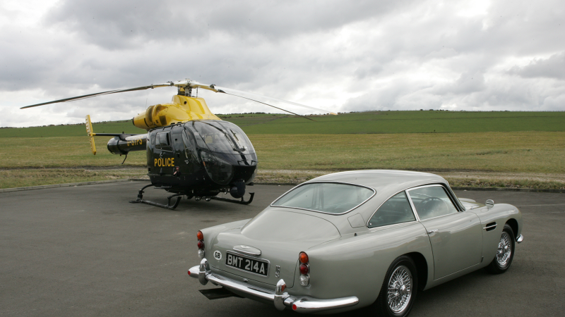 Aston Martin DB5 from James Bond Goldeneye film set to make world record at Bonhams auction