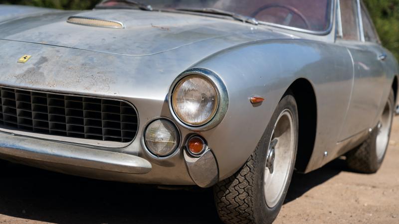Barn Find Ferrari 250gt Lusso Makes 1m In Monterey Classic Sports Car